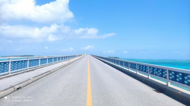 宮古島|エメラルドグリーンの海の上をランニング〈後編|池間大橋〉