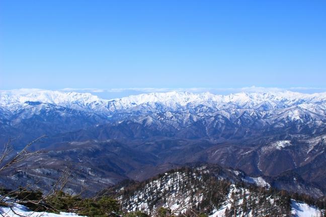 成田出発で百名山巡り|首都圏を回避して週末2連休のピークハントで20座に登る計画