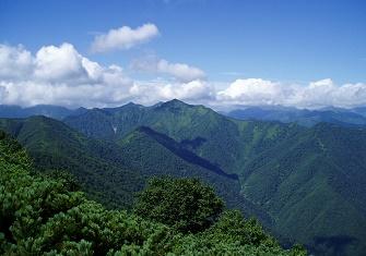 十勝幌尻岳登山(オピリネップ川コース) 沢と尾根を繋いで北日高最高の展望台へ(8月下旬)