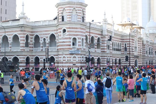 ムルデカスクエア