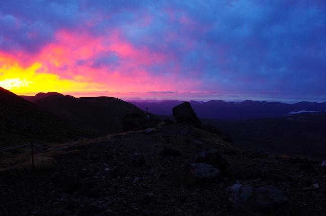 旭岳9合目から見た朝の景色