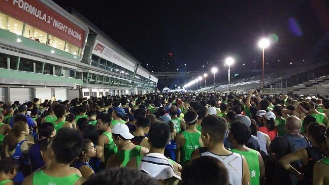 シンガポールマラソンスタート位置