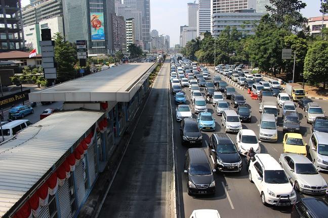 ジャカルタトランスジャカルタ渋滞