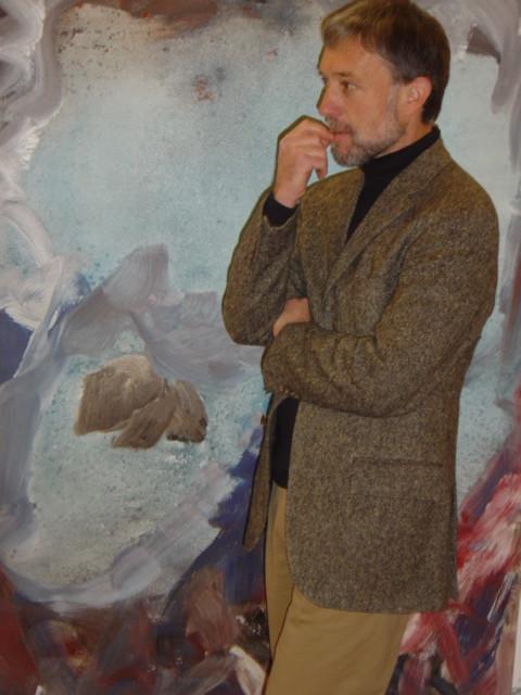 Galerie »Alte Kirche Härkingen« – Ausstellung Pedro Meier: »Neue Horizonte« – Gesamtkunstwerk – Vernissage-Besucher: Urs Faes Schriftsteller Zürich (Suhrkamp) – VISARTE – Foto © Pedro Meier Multimedia Artist – Olten, Niederbipp, Bangkok / ProLitteris