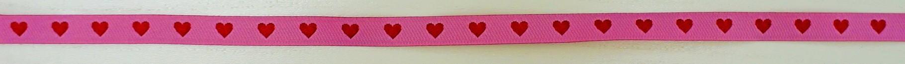 Herzen auf rosa
