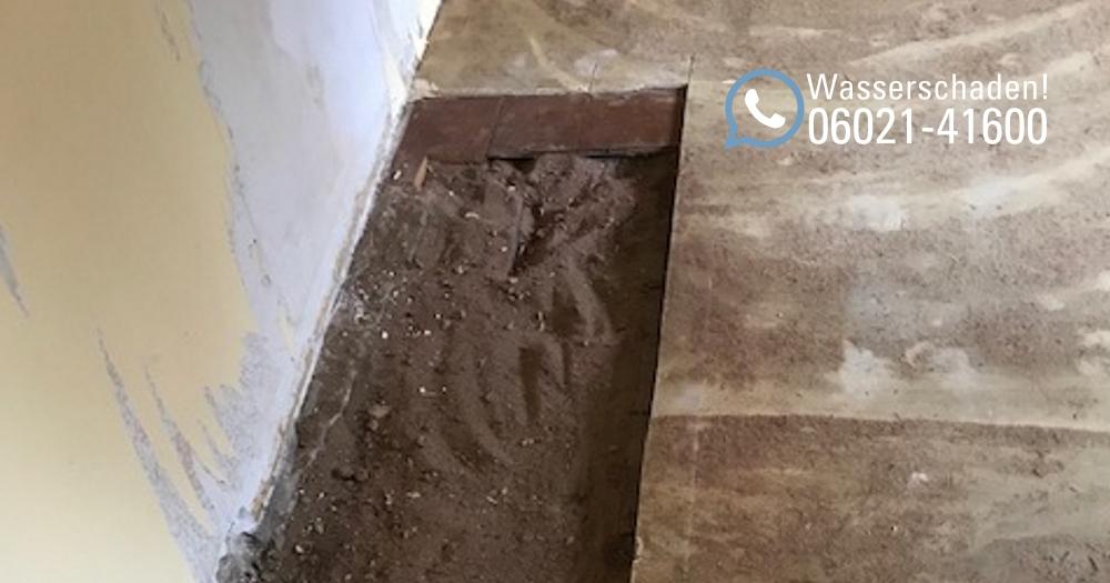 Wasserschadenbeseitigung in Aschaffenburg: Wasserschaden im Altbau inklusive neuen Trockenestrich und Trocknung in Aschaffenburg