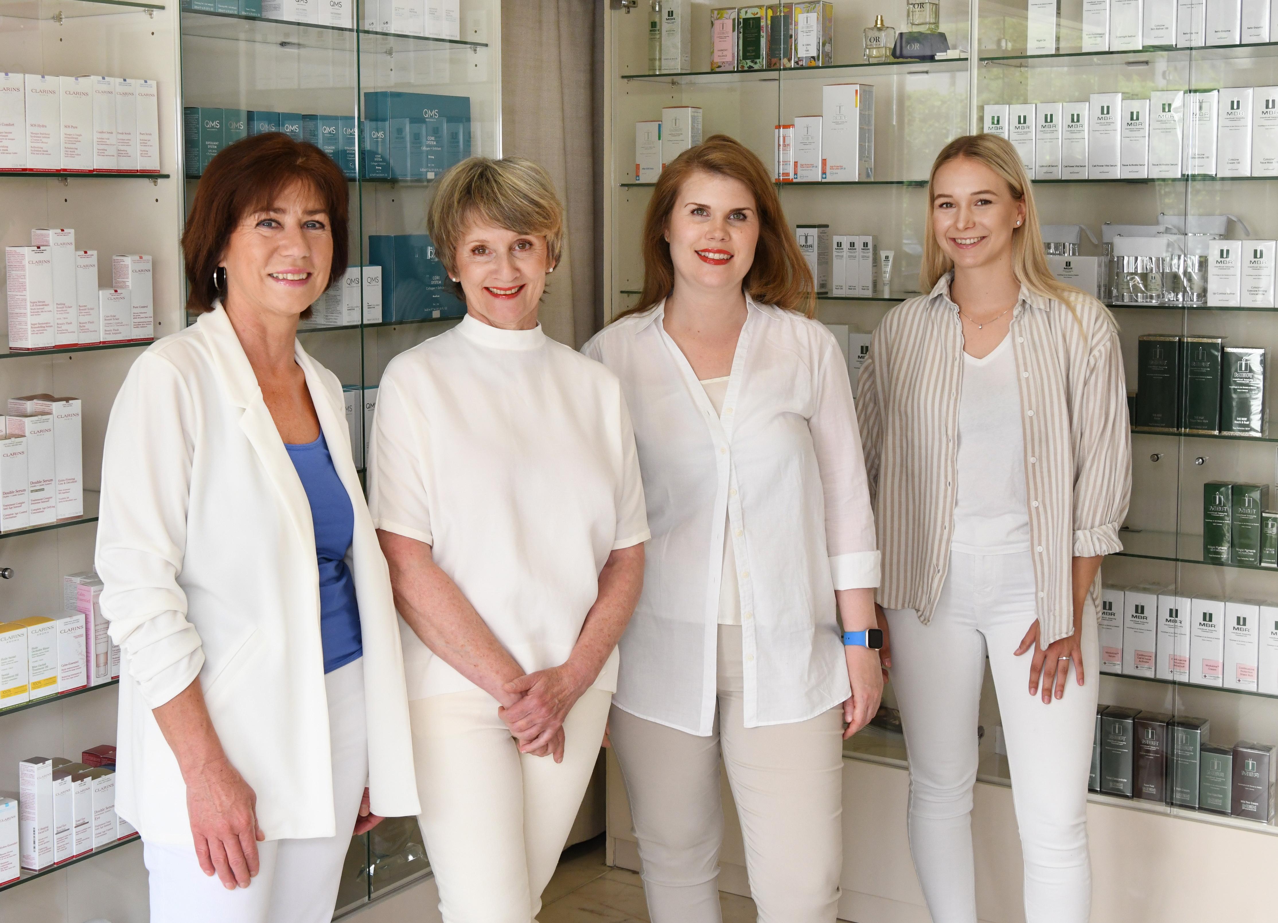 Team LIANE BOTT - Kosmetische Behandlungen Stuttgart Degerloch
