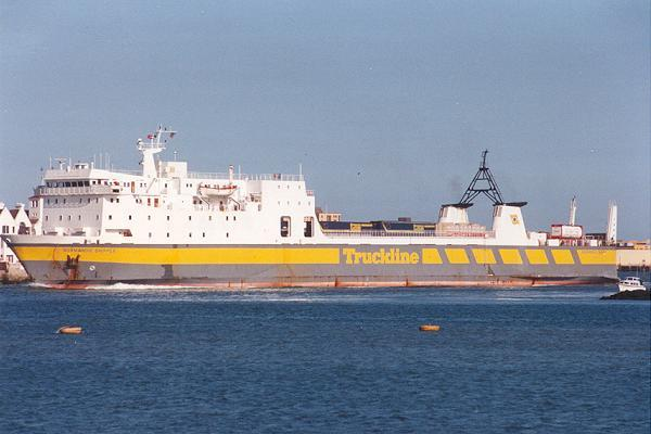 Normandie Shipper 142mx18m (© ShipPhotos.co.uk)