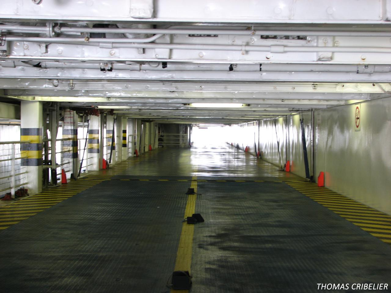Pont garage 6 babord