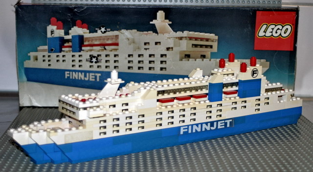 Finnjet a été le premier ferry représenté en LEGO.