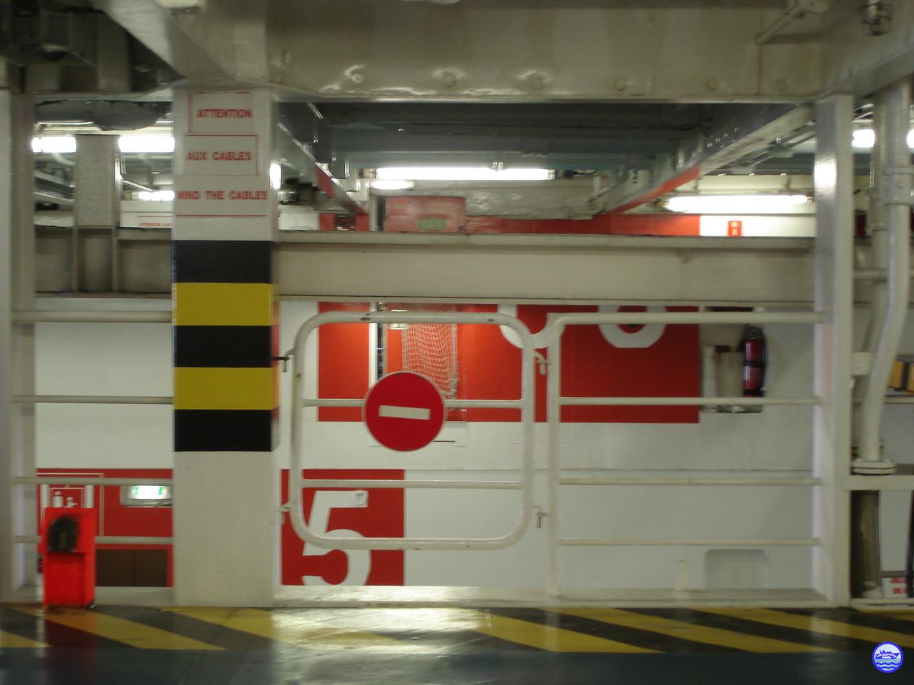 Pont garage 6 tribord