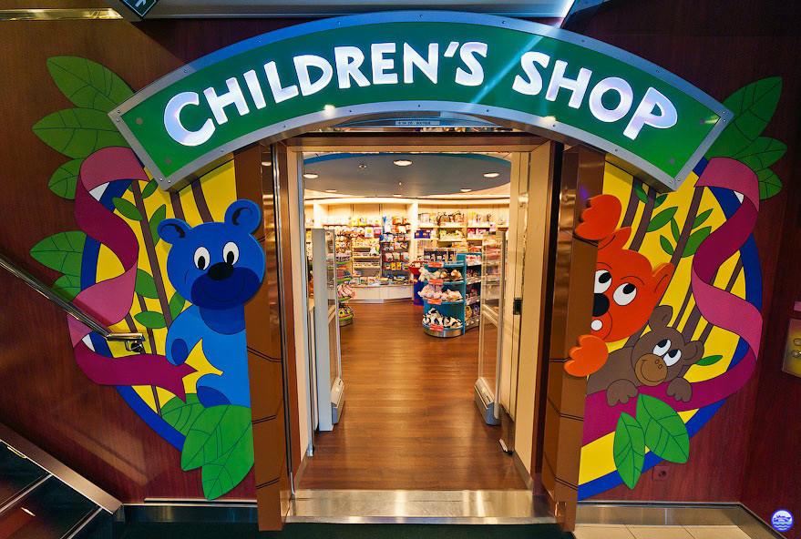 En Baltic Queen - La boutique des enfants (© lebateaublog-P&DC)
