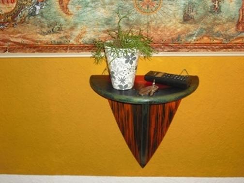 Konsole. Garantiert ein Hingucker, zum Abstellen von Pflanzen und Kerzen sowie Ausstellungsstücken geeignet.