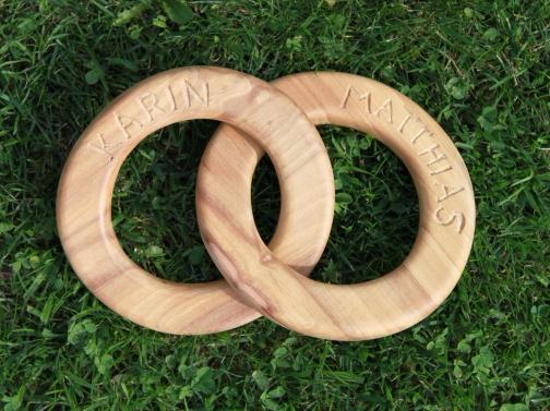 Holzringe mit Namen