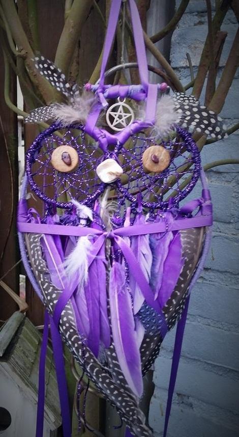 Heksen uil dromenvanger paars pentagram