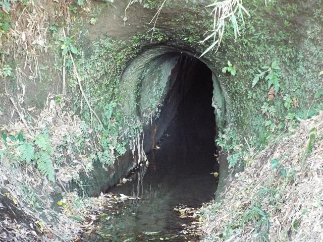 平山用水路