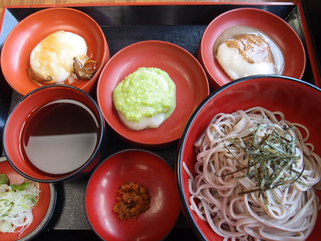 soba noodle and zunda mochi