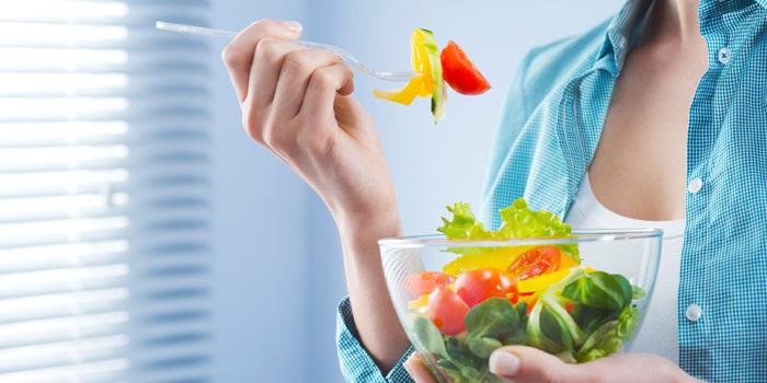 Gli errori e le cattive abitudini che non ci fanno dimagrire