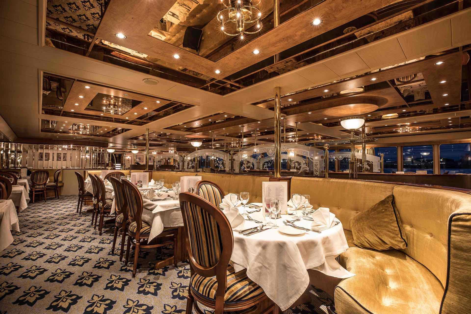 MS Swiss Crown Restaurant