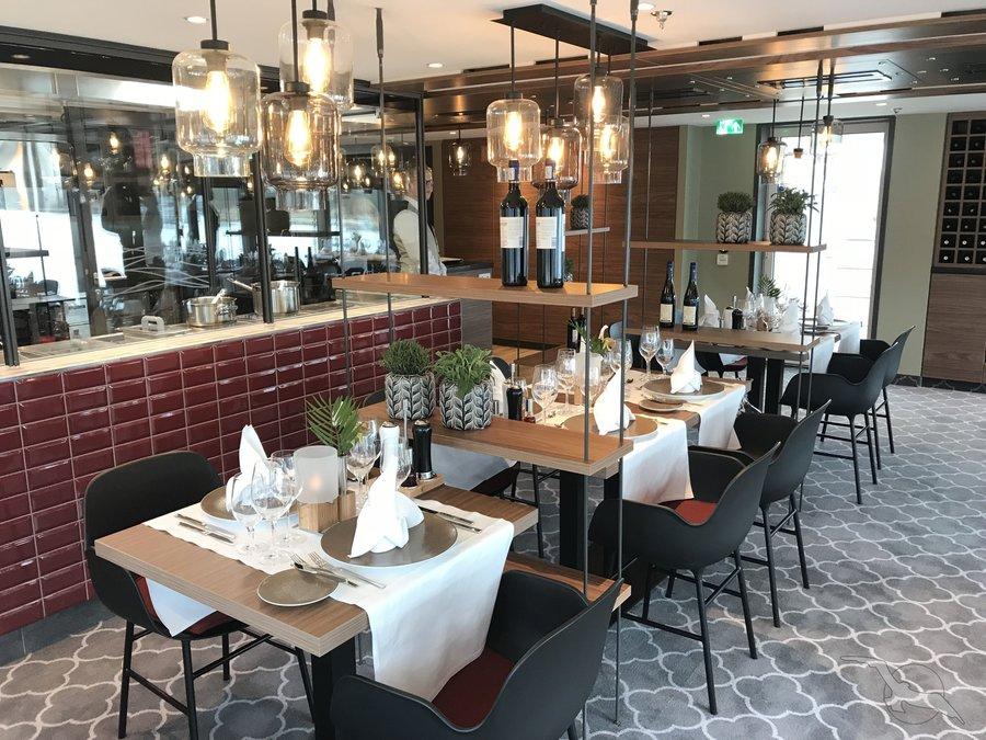 MS Alena Spezialitäten Restaurant