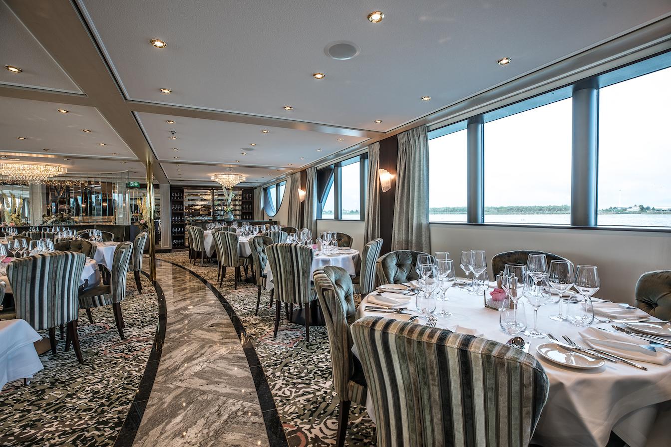 MS William Wordsworth Panorama Restaurant
