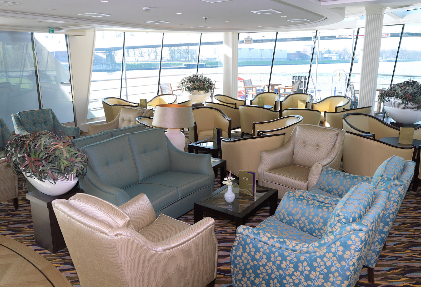 AmaLyra Panorama Lounge