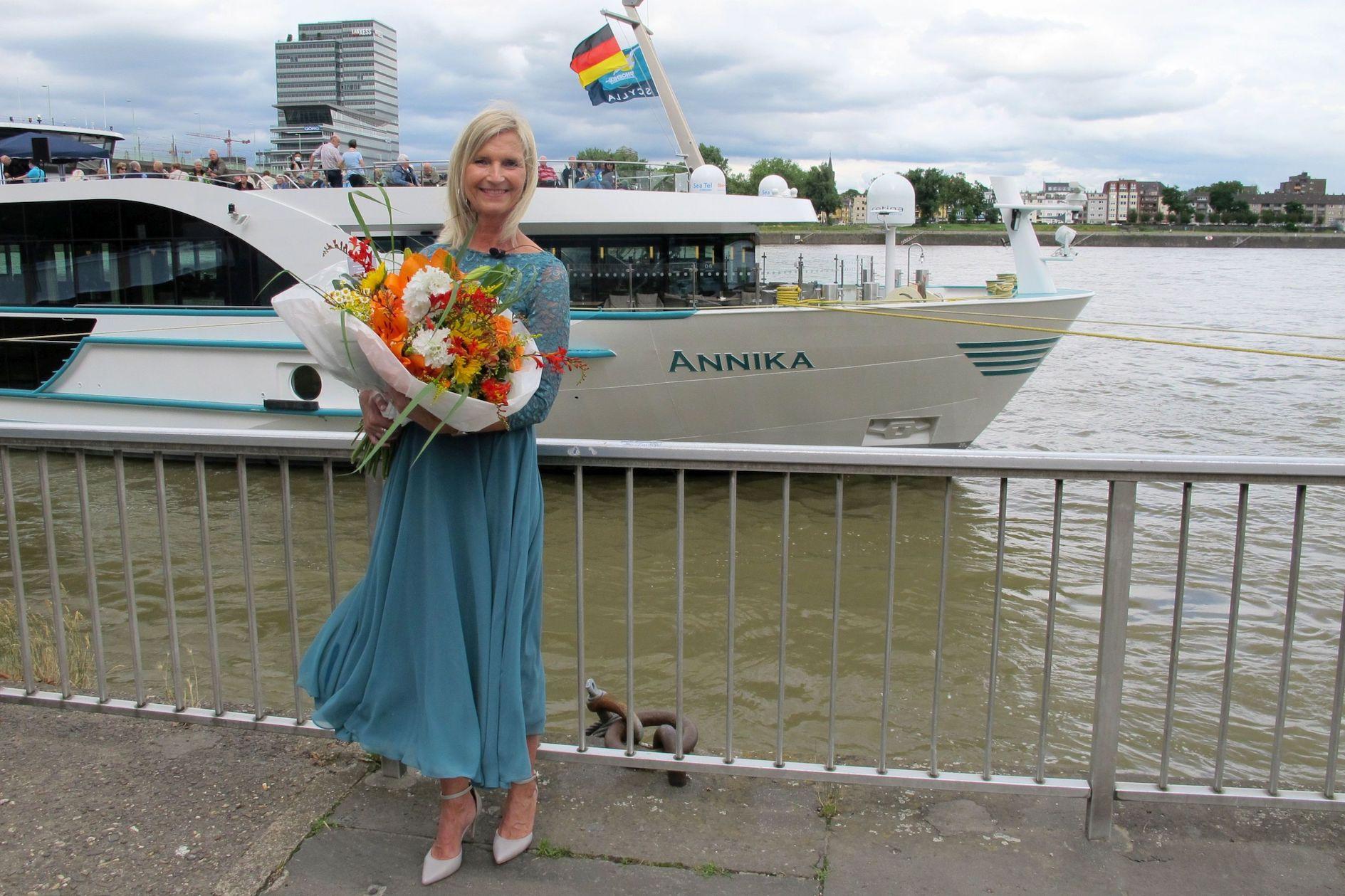 Phoenix Reisen tauft MS Annika und MS Annabelle