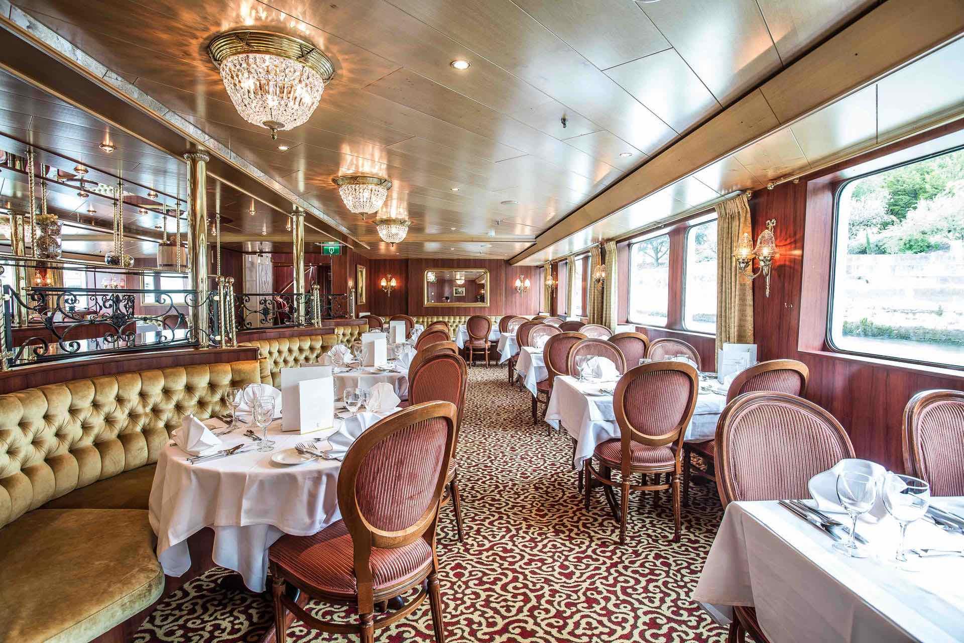 MS Swiss Ruby Restaurant