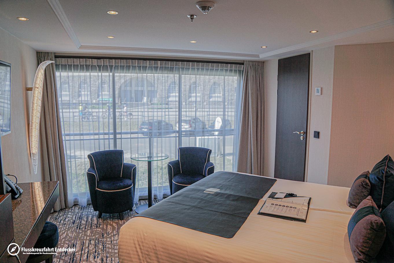 MS VIVA MOMENTS Junior Suite mit französischem Balkon