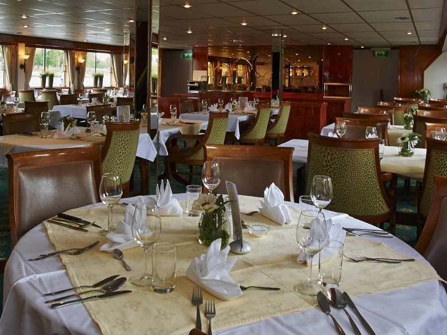 MS Calypso Panorama Restaurant