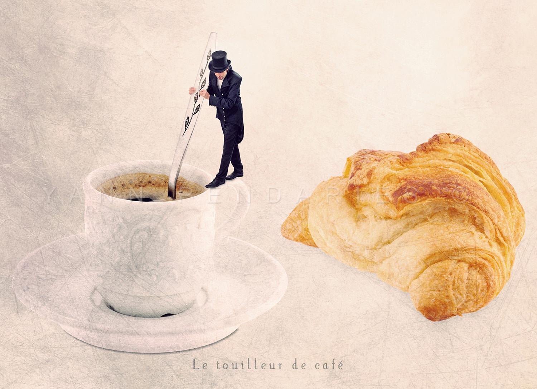 Le touilleur de café © Yann Pendariès
