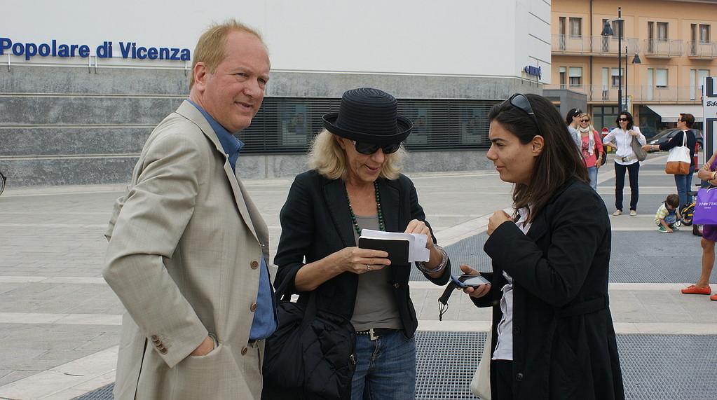 Piazza Matteotti: Enrico Grandesso, Adriana Gloria Marigo, Francesca Rusalen - 03/06/2012