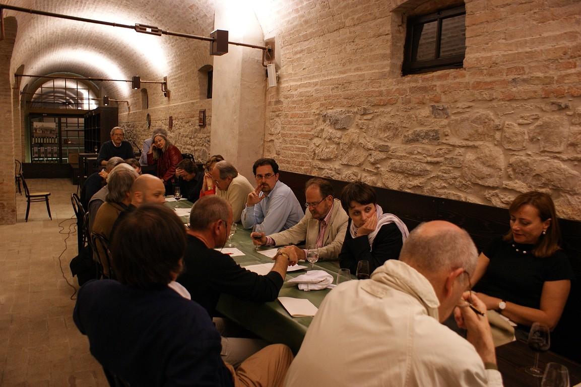 ncontro dei poeti nella Cantina della Tenuta Ca' Cornianiper la firma del Manifesto di Caorle