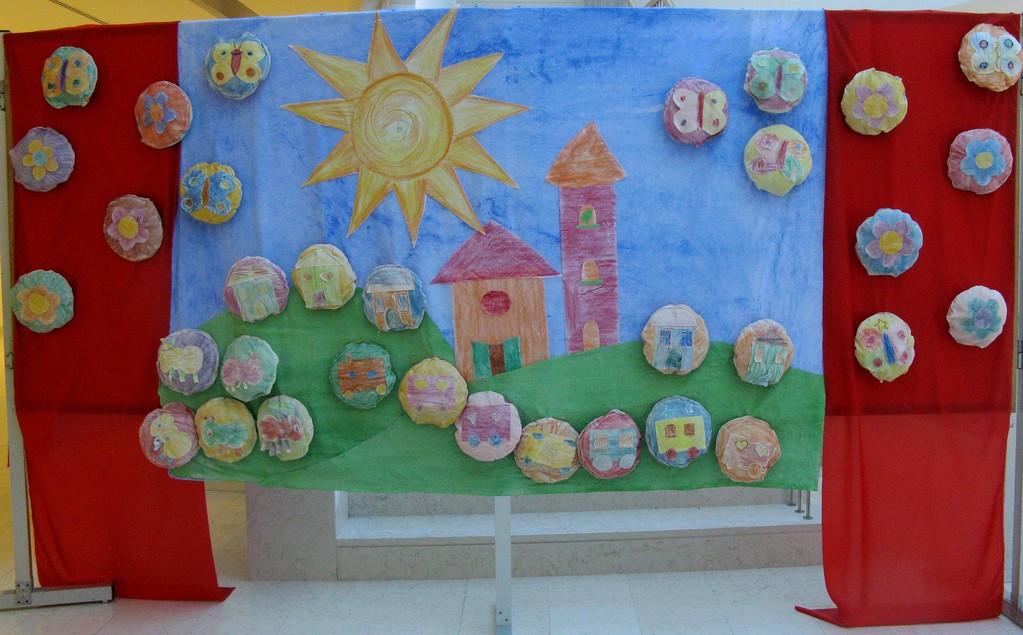 Piccole mani creano: Immagini e Poesia - 2011