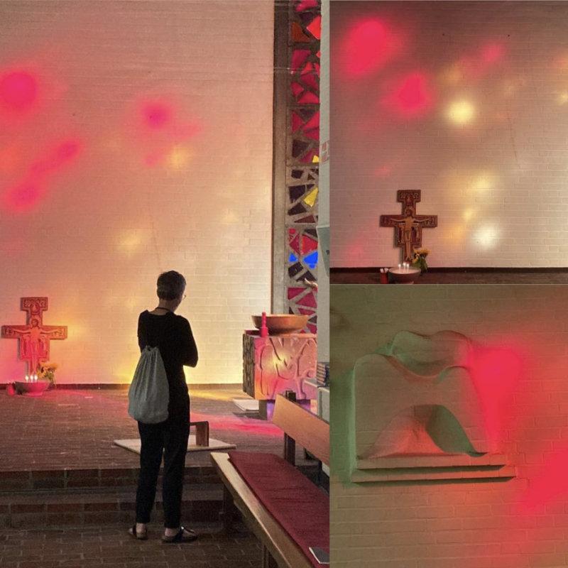 Abendleuchten. Nirgendwo ist das Licht so schön wir in Jubilate, wenn die Abendsonne durch die Fenster der Taufkapelle...