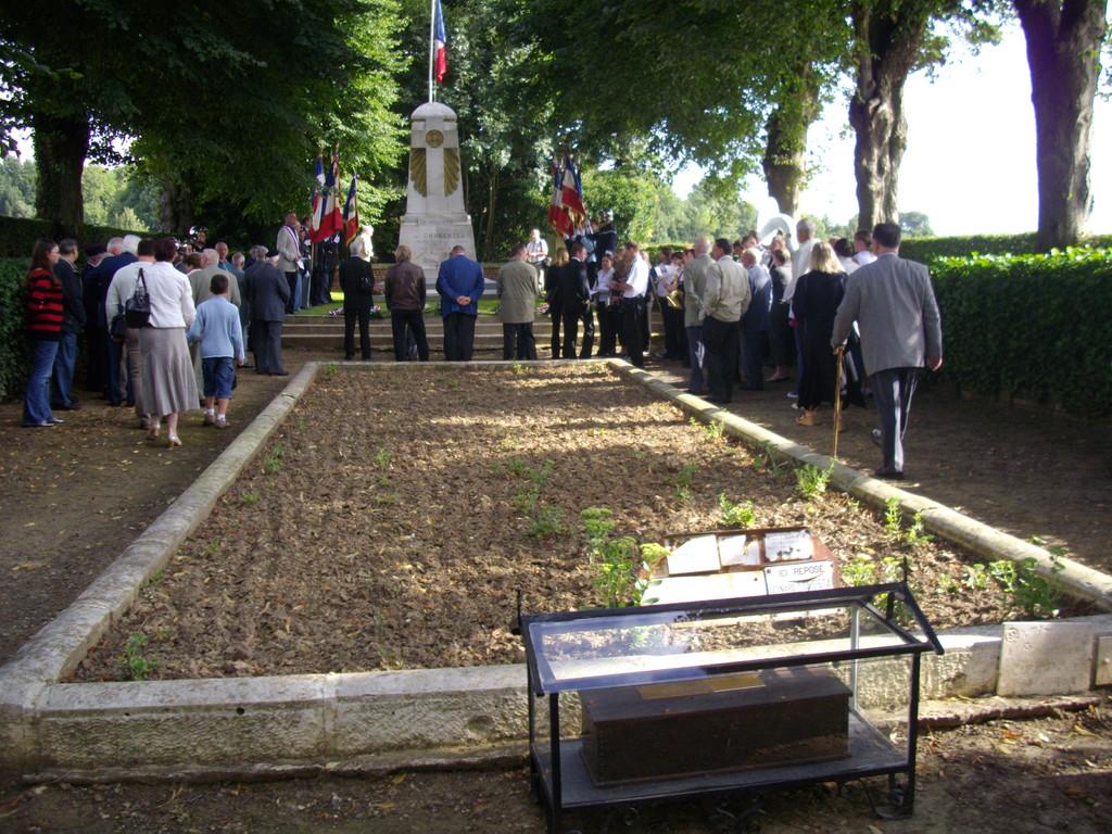 Moisains , cimetière des Charentais