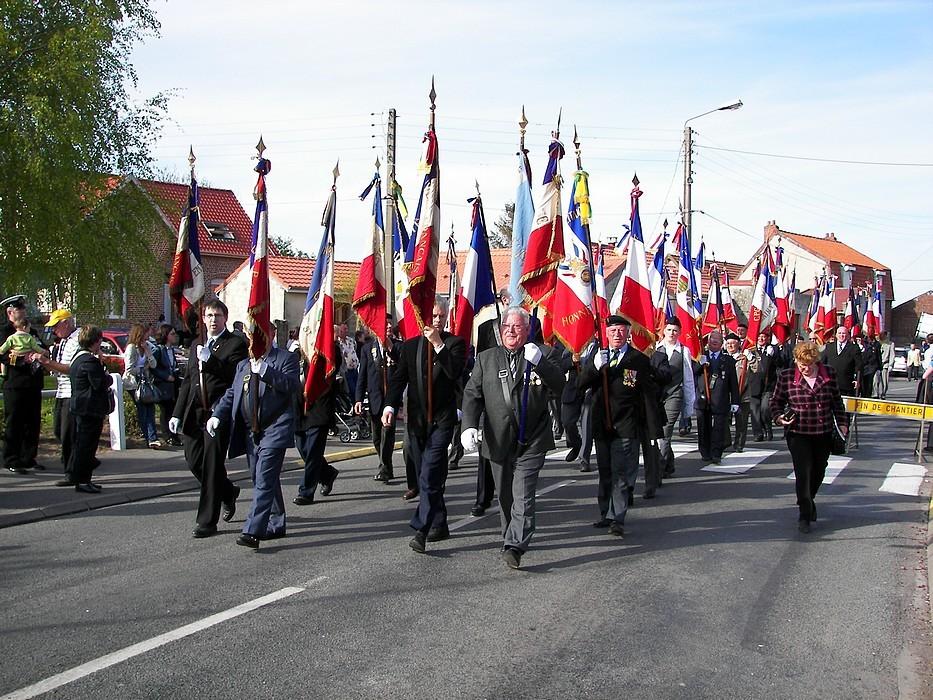 Les portes drapeaux Français
