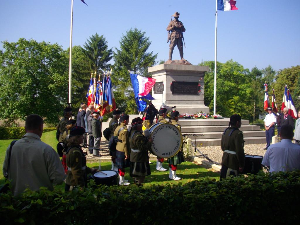 Mont St Quentin Péronne , le 30/08. 90eme anniversaire de la bataille
