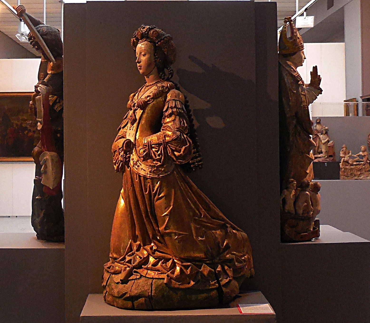 Sainte agenouillée, bois polychrome, XVe siècle / Musée d'Abbeville