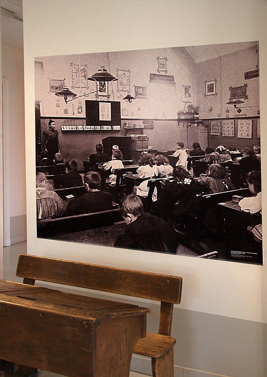 en 1882, on comptait 482 enfants scolarisés au Familistère