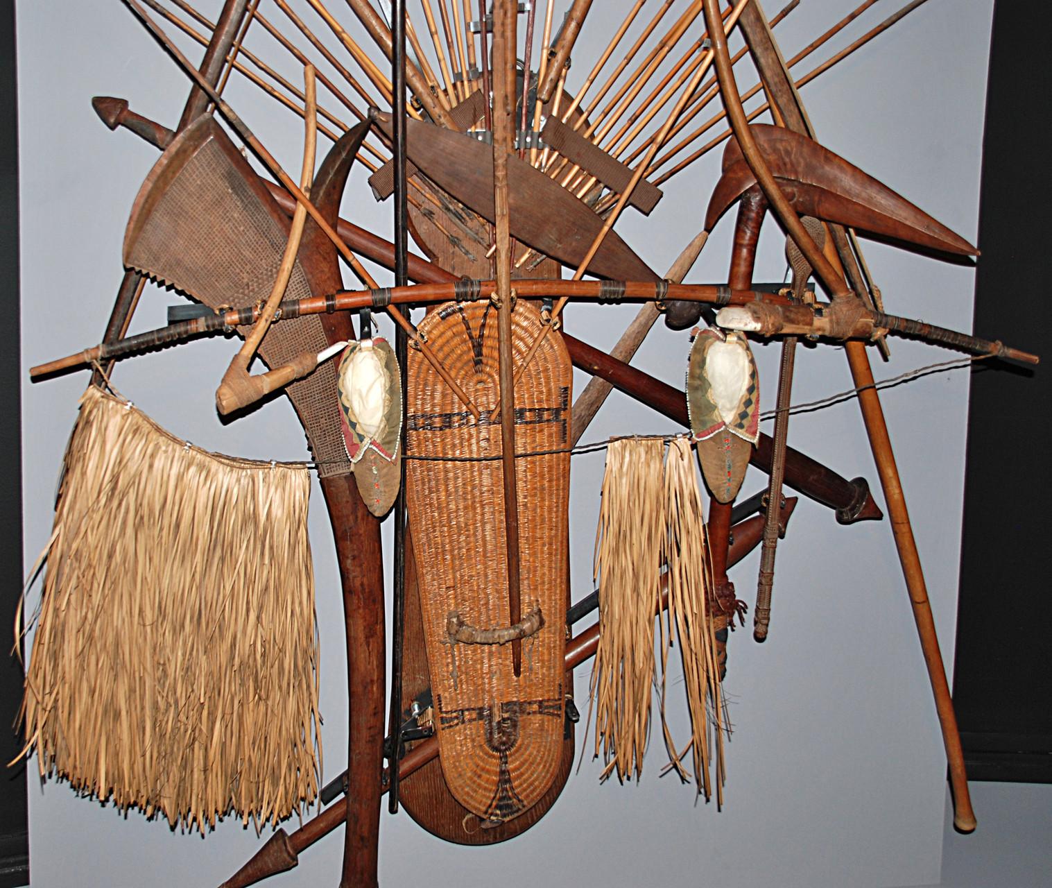 Panoplie océanienne, détail, Musée Boucher-de-Perthes, Abbeville / Photo Y. François