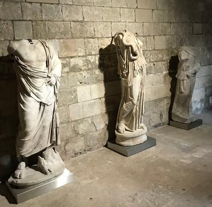 Les 3 statues retrouvées de l'Hôtel de Chepy