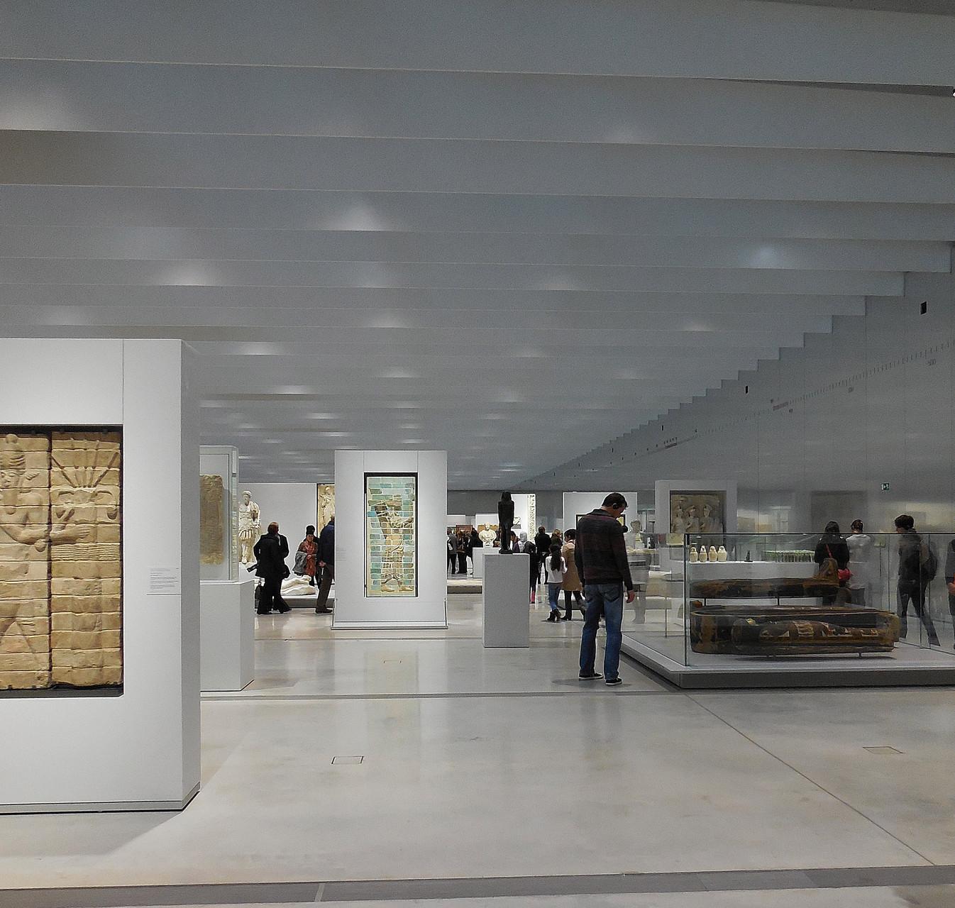 Louvre-Lens, Galerie du temps, vue partielle