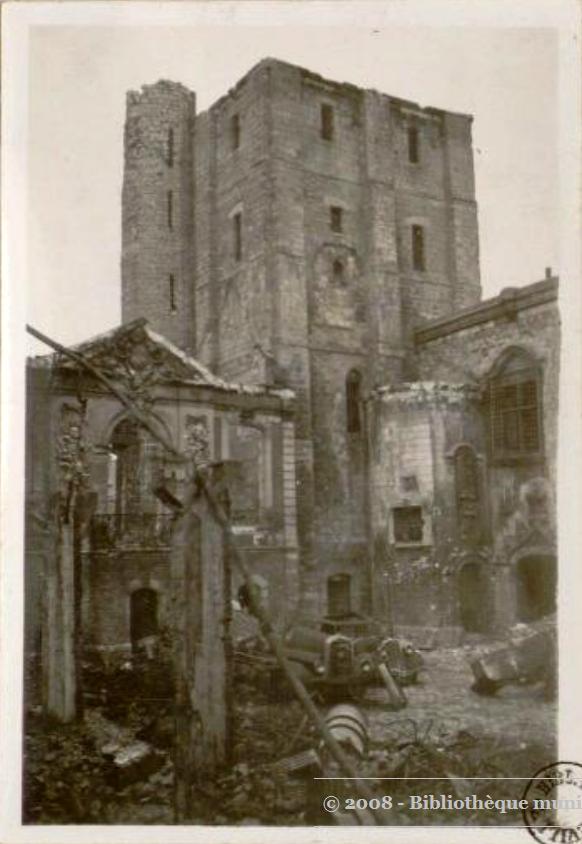 Beffroi, 1940  / document musée