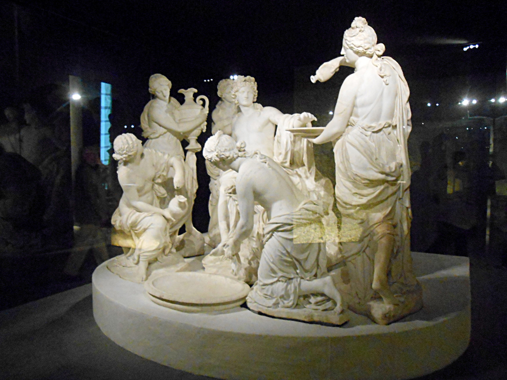 Apollon servi par les nymphes, François Girardon et Thomas Regnaudin, marbre