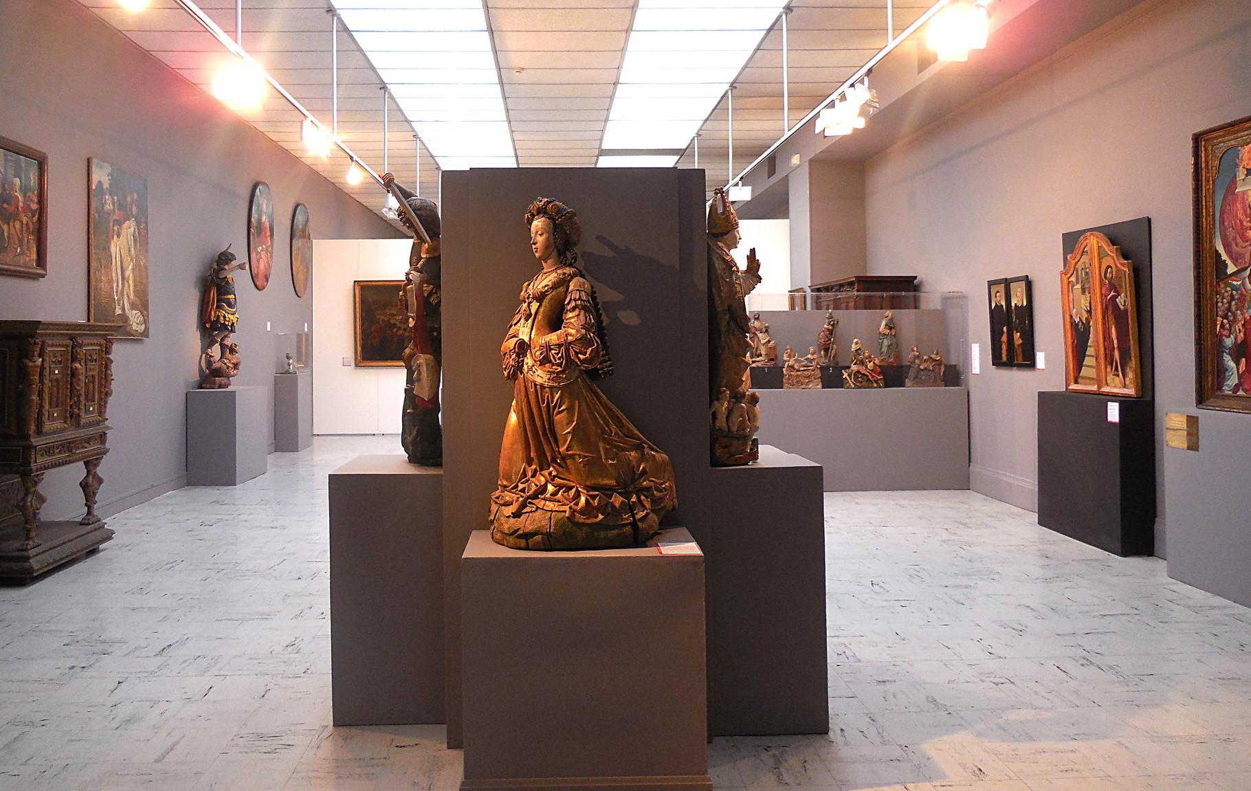 Vue générale de la salle principale / Musée Boucher-de-Perthes, Abbeville / photo JH
