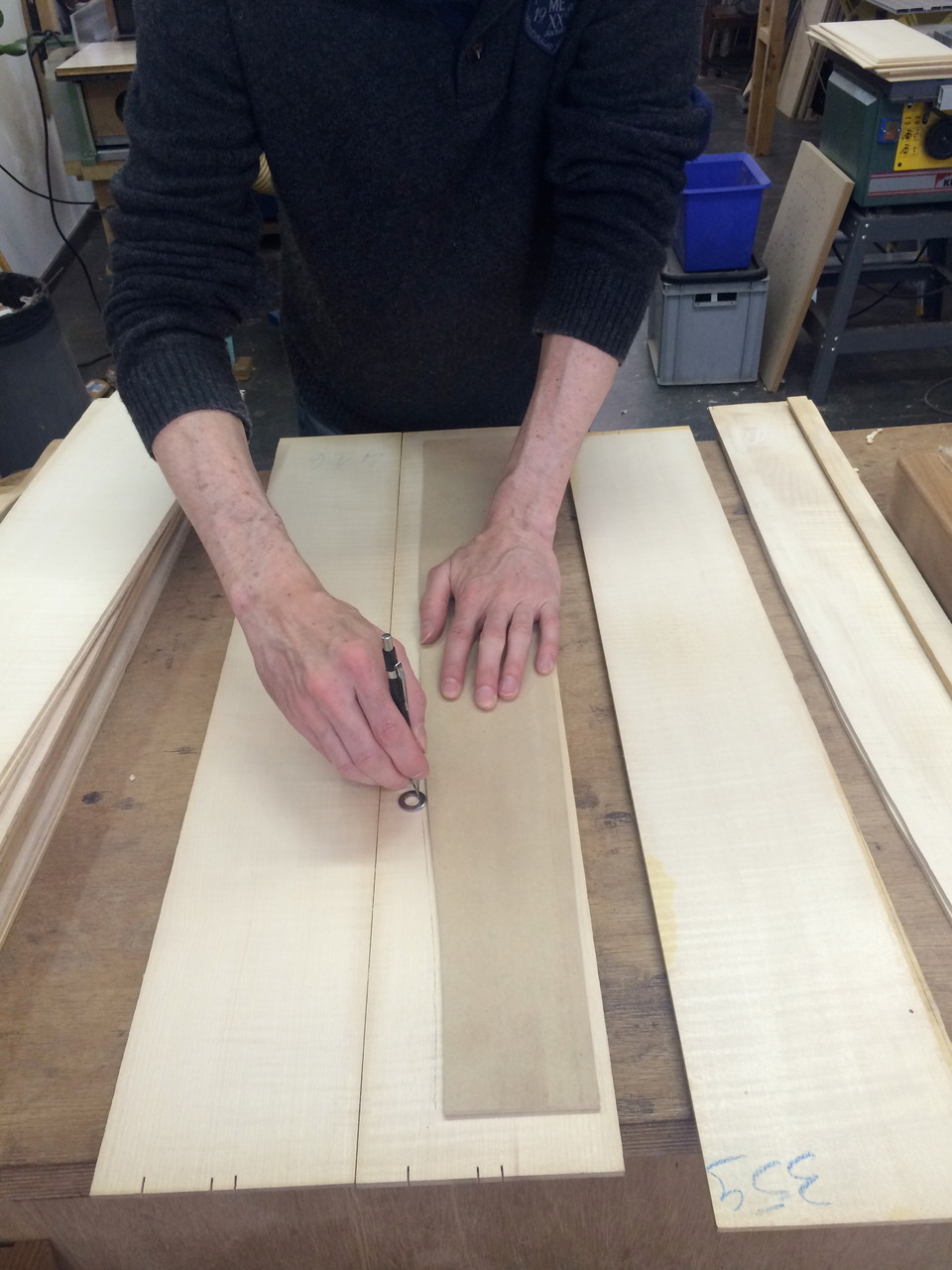 Marking the sides of the Maple models