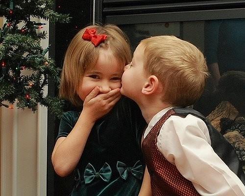 HE-KISS A GIRL