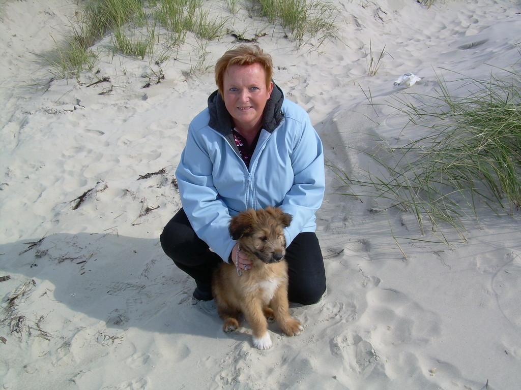 Der erste Tag am Strand.  9 Kilo. 10 Wochen.