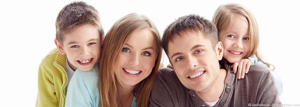 Gesunde Zähne in jedem Alter mit regelmäßiger Prophylaxe beim Zahnarzt